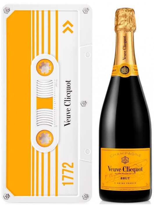 Veuve Clicquot Yellow Retro Chic Tape Limited Edition - 75 CL CHF59,00 Veuve Clicquot