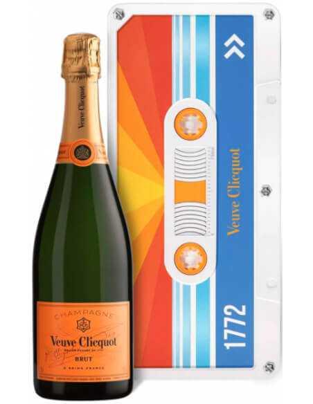 Veuve Clicquot Radiating Retro Chic Tape Limited Edition - 75 CL CHF59,00 Veuve Clicquot