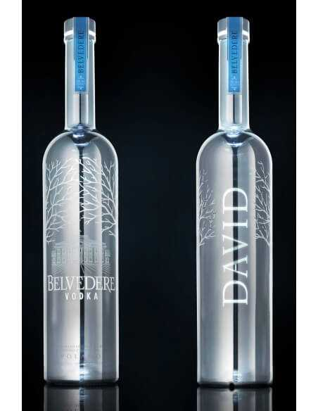 "Vodka Belvedere MAGNUM SILVER ""LED"" BESPOKE & Personal Engraving GIFTBOX - 40% - 175 CL CHF 179,00 Vodka Belvedere"