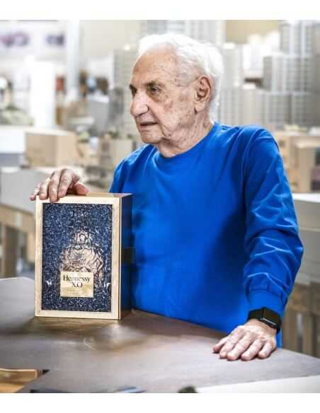 Cognac Hennessy X.O Limited Edition By Frank Gehry - 40% - 70 CL CHF259,00 product_reduction_percent Cognac Hennessy