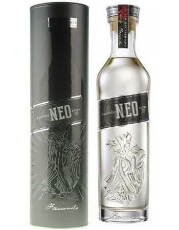 RHUM FACUNDO Neo - 40% - 70 CL CHF49,00  Spiritueux de Luxe