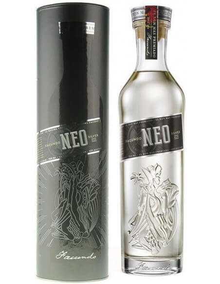 RHUM FACUNDO Neo - 40% - 70 CL CHF49,00  Luxury Spirits
