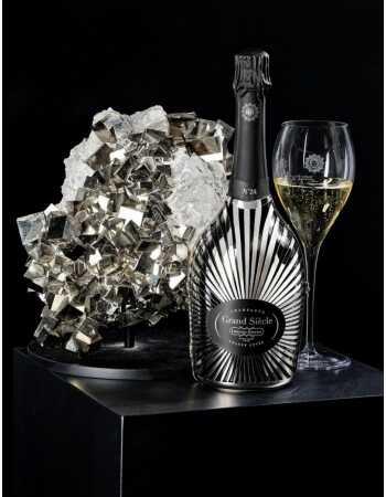 Laurent-Perrier Grand Siècle Set : 2 Gläser + 1 Geschenkbox Robe Soleil N°24 - 75 CL CHF219,00 product_reduction_percent Lau...