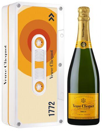 Veuve Clicquot Sun Retro Chic Tape Limited Edition - 75 CL CHF63,00 Veuve Clicquot