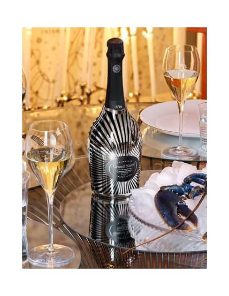 Laurent-Perrier Set Grand Siècle : 2 verres + 1 coffret Robe Soleil N°24 - 75 CL CHF219,00 product_reduction_percent Laurent...